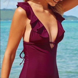 Cupshe Heart Falbala One-piece Swimsuit XS 0/2